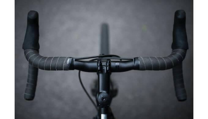 ロードバイクハンドル
